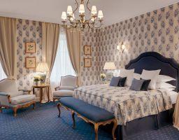 Kempinski St. Petersburg - Leuchtende Hotel Fotografie von T. Haberland
