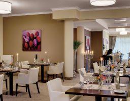 Hotel Villa Toskana Heidelberg - Luminous Hotel Photography by T. Haberland