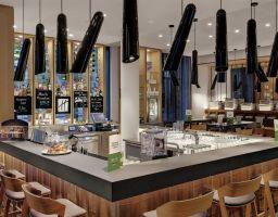 Holiday Inn Frankfurt - Luminous Hotel Photography by T. Haberland
